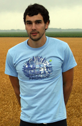 Blue shirt, yellow field. Sounds like an Eskimo Joe b-side.